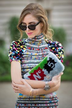 Rag Rug Dress, you can wear it and wipe your feet on it! - Paris Beauty Street Style Spring 2015 - Fashion - Ugly Fashion