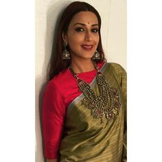 Sonali Bendre Sari Design, Wedding Jewelry, Bollywood, Saree, Clothes For Women, My Style, How To Wear, Outfits, Collection