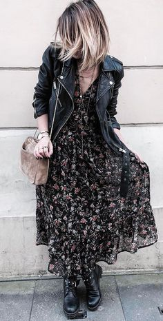 casual style perfection jacket + beg + maxi dress