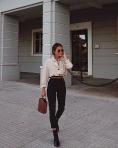 Favourite Fall Outfits for 2019 - Frauen Mode Mode Outfits, Fashion Outfits, Womens Fashion, Fashion Trends, Fashion Clothes, Fashion Ideas, Fashion Tips, Casual Fall Outfits, Spring Outfits