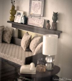miniature livingroom decor. if this is really a mini, it looks great.