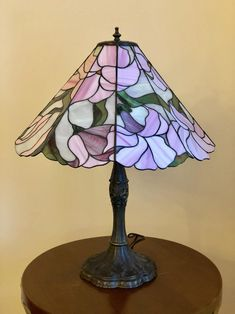 Get light into your home! Stained Glass Lamp Shades, Stained Glass Panels, Glass Shades, Cool Lamps, Unique Lamps, Custom Stained Glass, Street Lamp, Vintage Flowers, Desk Lamp