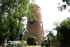 unusual self catering windmill to rent
