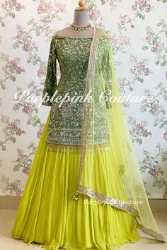 Source by shabanakhalik clothes indian Party Wear Indian Dresses, Designer Party Wear Dresses, Pakistani Dresses Casual, Indian Fashion Dresses, Indian Bridal Outfits, Indian Gowns Dresses, Pakistani Bridal Dresses, Dress Indian Style, Pakistani Dress Design