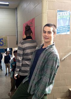 Imagem de teen wolf, dylan o'brien, and stiles stilinski Dylan O'brien, Teen Wolf Dylan, Teen Wolf Cast, Scott Mccall, Teen Wolf Memes, Charlie Carver, Ian Bohen, Matou, O Brian