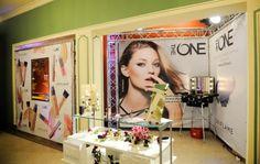¡Hola a todas!  Hoy quiero contaros una novedad,la Nueva línea de maquillaje THE ONE de Oriflame, una línea de larga duración
