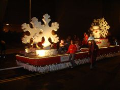 christmas parade float themes | Dr. Bob's Blog: Bartlesville 2007 Christmas Parade