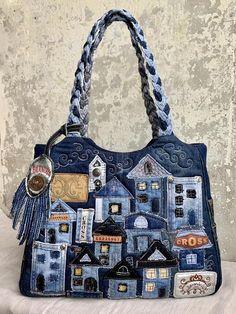 Denim Handbags, Denim Tote Bags, Denim Purse, Tote Purse, Denim Bag Patterns, Bag Patterns To Sew, Patchwork Bags, Quilted Bag, Diy Sac