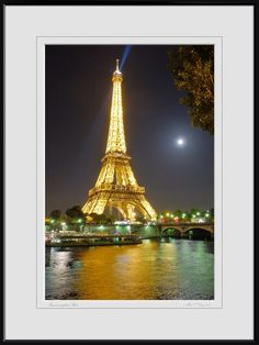 Summer night in Paris by Mike O'Day on 500px