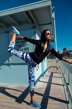 What a stunning athletic wear combination! | How to Look Great in Sportswear From the Gym to the Shops