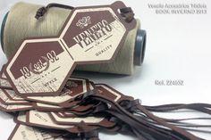 Veneto Acessórios Têxteis - etiqueta cos, etiqueta interna, tag, patch termocolante, guipures, filigrana, toy, button, golas, colarinho, laç...