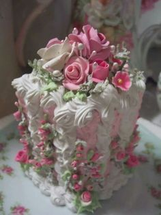 Shabby Chic Rose Mini cake...Perfect for Mother's Day or Valentine's Day!
