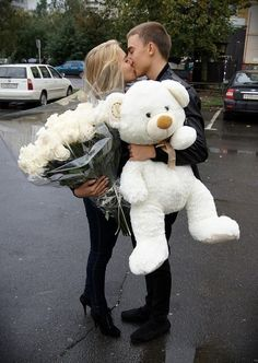 bouquet, boyfriend, couple, flowers, gift, girlfriend, kiss, love, relationship, stuff toy, surprise, sweet, teddy bear, white