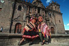 """Cuzco o Cusco, en el Perú, es una de esas urbes que merecen la etiqueta de """"ciudades del mundo"""".... Situada al sureste del país, en la vertiente oriental de los Andes, está bella ciudad colonial es..."""