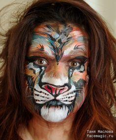 Лигр (лев + тигрица) кисти импрессиониста. Аквагрим выполнен Таней Масловой.