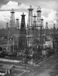 Oil fields, Los Angeles, 1937