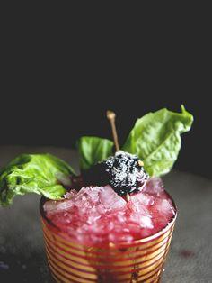 Blackberry Basil Whiskey Smash via @mydomaine