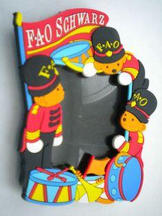 Photo Frame Souvenir Refrigerator Magnet F A O Schwarz New York City | eBay
