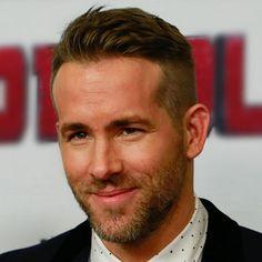 Cool Ryan Reynolds Hairstyles