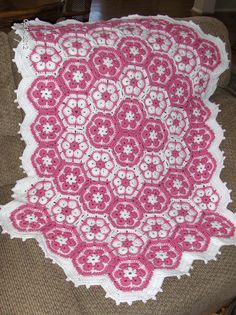 African Flower Throw...idea for motif placement. Love the color. Would be great done in simply soft yarn for a baby