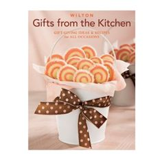 Wilton Gifts from the Kitchen, Wrap up your homemade food gifts with pizzazz! Wilton Gifts From The Kitchen shows you dozens of great ways to package and present a food gift that is as welcoming and tasteful as the good things inside Cake Decorating Supplies, Baking Supplies, Cookie Decorating, The Kitchen Show, Baking Supply Store, Homemade Food Gifts, Fun Cookies, Decorated Cookies, Food Packaging