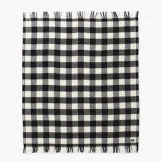 Buffalo Plaid Fringe Wool Throw - Heather White/Black