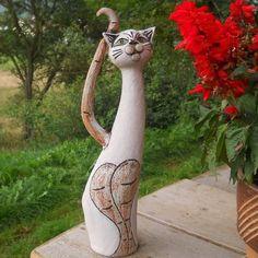 Clay Cats, Cat Art, Cement, Giraffe, Garden Sculpture, Porcelain, Outdoor Decor, Dogs, Pottery Ideas