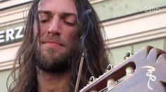 Amazing live acoustic guitar solo by Estas Tonne with guitar Manuel Rodr...