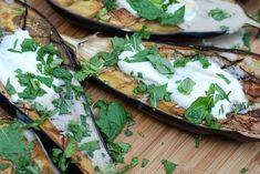 Baklažán: Najlepšie recepty | Pestrýjedálniček.sk Tacos, Mexican, Cheese, Ethnic Recipes, Food, Meal, Essen, Hoods, Meals