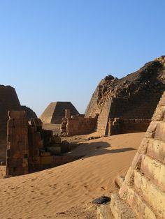 fabforgottennobility:  one of the most stunning place on earth: MEROE, Sudan, The Black Pharahos' Pyramids