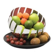 The BergHOFF Zeno Stainless Steel Fruit Bowl Set has a multi-use plate and chic fruit bowl that can be positioned at any angle without tipping over. Set is beautifully designed by an internationally acclaimed Belgian designer. Fruit Holder, Rustic Home Design, Industrial Design, Mixing Bowls, Menu Items, Bowl Set, Serving Bowls, Catering, Decorative Bowls