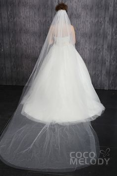 Fashion Two-tier Cut Edge Tulle Ivory Cathedral Veils with Beading CV001500Dcocomelody#weddingveil#bridal#veil#