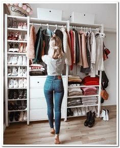 Best Closet Organisation Ideen, die Sie sofort stehlen möchten Best Closet Organization Ideas that you want to steal instantly like – Closet Bedroom, Closet Space, Bedroom Decor, Bedroom Storage, Wardrobe Storage, Open Wardrobe, Capsule Wardrobe, Shoe Storage, Closet Shelving