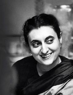 My 12 years of sex life with Indira Gandhi came to an end after I saw her with another man behind the curtain: M.O Mathai Indira Gandhi Quotes, Indira Ghandi, Marie Curie, Great Women, Amazing Women, Beautiful Women, Barack Obama, Divas, Vintage India