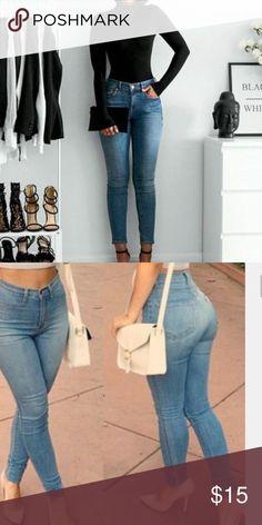 HIGH WAISTED JEANS Gorgeous high waisted 👖 Jeans Skinny