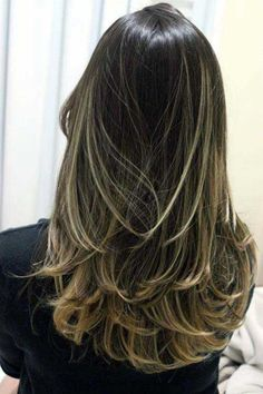 49 Ideas For Hair Balayage Platinum Long Bobs Long Layered Hair, Long Hair Cuts, Medium Hair Styles, Long Hair Styles, Brown Blonde Hair, Blonde Honey, Blonde Layers, Blonde Brunette, Great Hair