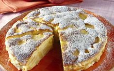 Poppy seed cake with vanilla cream and chocolate (delicious cake, tastes delicious, always succeeds) - Backen - Kuchen Apple Recipes, Sweet Recipes, Cake Recipes, Dessert Bowls, Pie Dessert, Law Carb, Apple Pie Cake, Apple Pies, Delicious Desserts