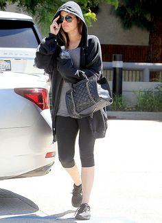 Celebs in cute gym clothes: Khloe Kardashian