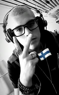 Guapo zabdi!  ♥♥ My King, Boy Bands, Dj, Instagram, Honduras, Bunny, Memes, Love Of My Life, Pandas