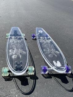 Longboard Design, Skateboard Design, Skateboard Decks, Penny Skateboard, Skateboard Girl, Custom Skateboards, Cool Skateboards, Girls Football Boots, Skate Girl