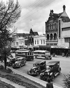 Sturt St,Ballarat in Victoria in 🌹 Melbourne Cbd, Melbourne Victoria, Victoria Australia, Old Pictures, Old Photos, Australian Continent, State Forest, World Images, Local Attractions
