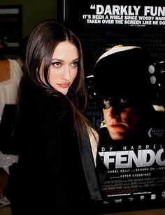 "Kat Dennings Photos Photos - Actress Kat Dennings attends the ""Defendor"" film premiere at The Landmark Theater, Westwood on February 22, 2010 in Westwood, California. - Premiere Of ""Defendor"" - Arrivals"