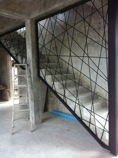 ringhiera metallo da gradino a soffito