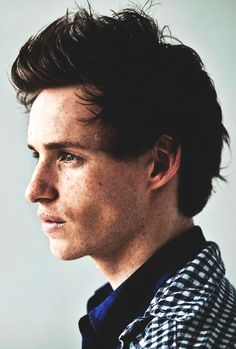 Eddie Redmayne, you are just simply hot. no other word could describe you.