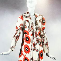 Celia Birtwell's design art deco influence #andreatincu #inspiration #fashiondesigner #fashionhistory #lovemyjob #celiabirtwell #printdress #pattern #graphics #fashion #fashiondesigner