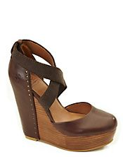 Wooden wedge by Lucky Brand