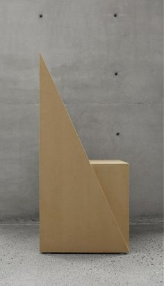 Triangular Chair par S-AR stacion ARquitectura - Journal du Design
