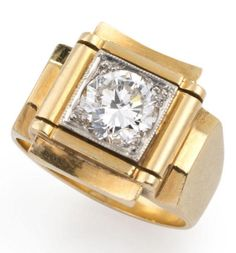 A retro diamond ring, 1940s The circular-cut diamond, weighing 1.45 carats, set within a white gold collet, the pierced surround of scrolling design stepped against concave borders, with bevelled shoulders and tapering hoop, mounted in 18 carat white and yellow gold Bijoux Art Deco, Art Deco Jewelry, Jewelry Design, Victorian Jewelry, Antique Jewelry, Vintage Jewelry, Gems Jewelry, Carat Gold, Vintage Rings