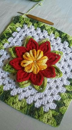 If you have free time and want to do knitting then we are showing you 15 easy DIY knitting ideas that you love to do knit.rose, crochet, can be a nice d - Salvabrani - Salvabrani Crochet Pillow Pattern, Granny Square Crochet Pattern, Crochet Blocks, Crochet Squares, Crochet Motif, Crochet Yarn, Crochet Stitches, Crochet Flower Tutorial, Crochet Flower Patterns