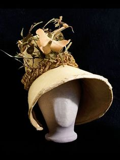 Regency straw bonnet, 1820s. Rare all original condition.